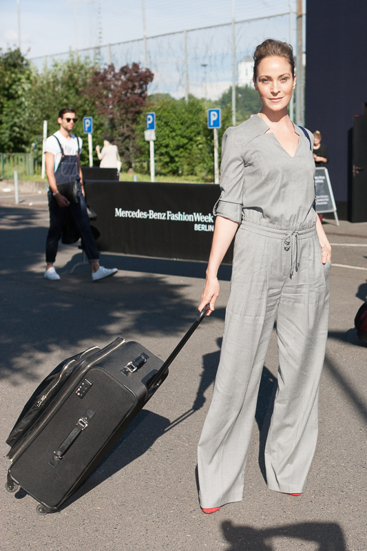 Wie kommt man auf die Fashion Week ИЛИ как попасть на Неделю Моды? Jeanette Hain